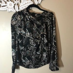 XS Faux-Silk Floral Blouse.High neck, Long sleeve.